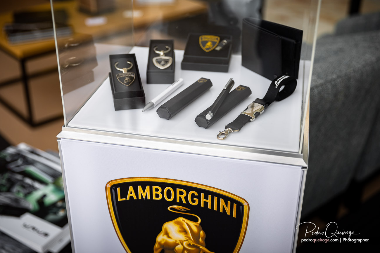 Small showcase with Lamborghini accessories